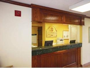/la-quinta-inn-omaha-southwest/hotel/omaha-ne-us.html?asq=jGXBHFvRg5Z51Emf%2fbXG4w%3d%3d