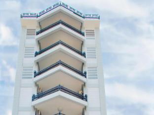/bg-bg/thai-binh-2-hotel/hotel/hue-vn.html?asq=jGXBHFvRg5Z51Emf%2fbXG4w%3d%3d