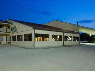 /greenstay-hotel-and-suites-st-james/hotel/saint-james-mo-us.html?asq=jGXBHFvRg5Z51Emf%2fbXG4w%3d%3d