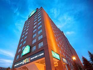 /quality-suites-toronto-airport/hotel/toronto-on-ca.html?asq=ZehiQ1ckohge8wdl6eelNFEsU2siABPcmXh2XXXsiE%2bx1GF3I%2fj7aCYymFXaAsLu
