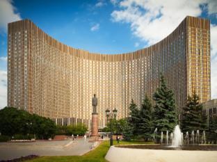 /cosmos-hotel/hotel/moscow-ru.html?asq=jGXBHFvRg5Z51Emf%2fbXG4w%3d%3d