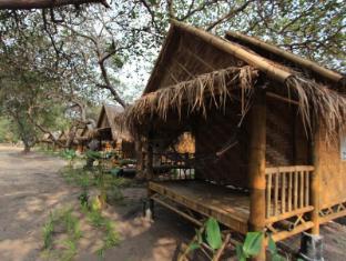 /phayam-sport-bungalow/hotel/koh-phayam-ranong-th.html?asq=jGXBHFvRg5Z51Emf%2fbXG4w%3d%3d