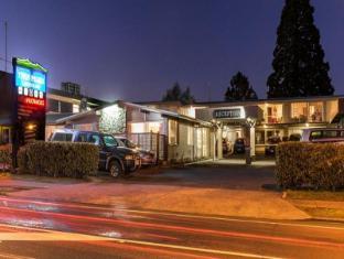 /twin-peaks-lakeside-inn/hotel/taupo-nz.html?asq=vrkGgIUsL%2bbahMd1T3QaFc8vtOD6pz9C2Mlrix6aGww%3d