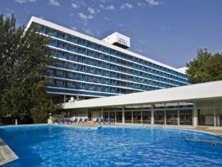 /th-th/hotel-annabella-beach-resort/hotel/balatonfured-hu.html?asq=jGXBHFvRg5Z51Emf%2fbXG4w%3d%3d
