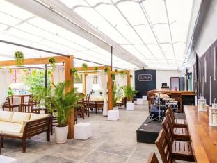 /aura-thematic-hostel/hotel/phnom-penh-kh.html?asq=5VS4rPxIcpCoBEKGzfKvtIGccBdH%2bg5ww66KuTWLfU0%3d