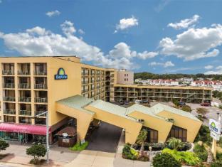 /days-inn-virginia-beach-at-the-beach/hotel/virginia-beach-va-us.html?asq=jGXBHFvRg5Z51Emf%2fbXG4w%3d%3d