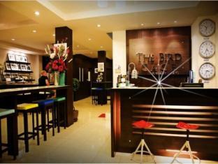 /the-bird-cage-patong-guesthouse-hotel/hotel/phuket-th.html?asq=ys84qv8VTqnNzitdZFOa1MKJQ38fcGfCGq8dlVHM674%3d
