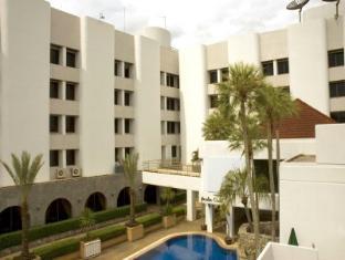 /th-th/grand-garden-hotel/hotel/narathiwat-th.html?asq=CQJxCrktd2AVOkls1dmTNsKJQ38fcGfCGq8dlVHM674%3d
